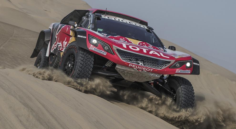 Cyril Despres con la Peugeot 3008