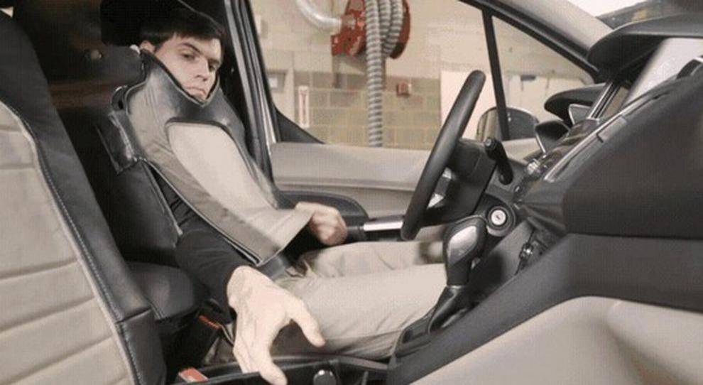 L'azienda si ispira a Kitt e manda in giro per la Virginia l'auto truccata