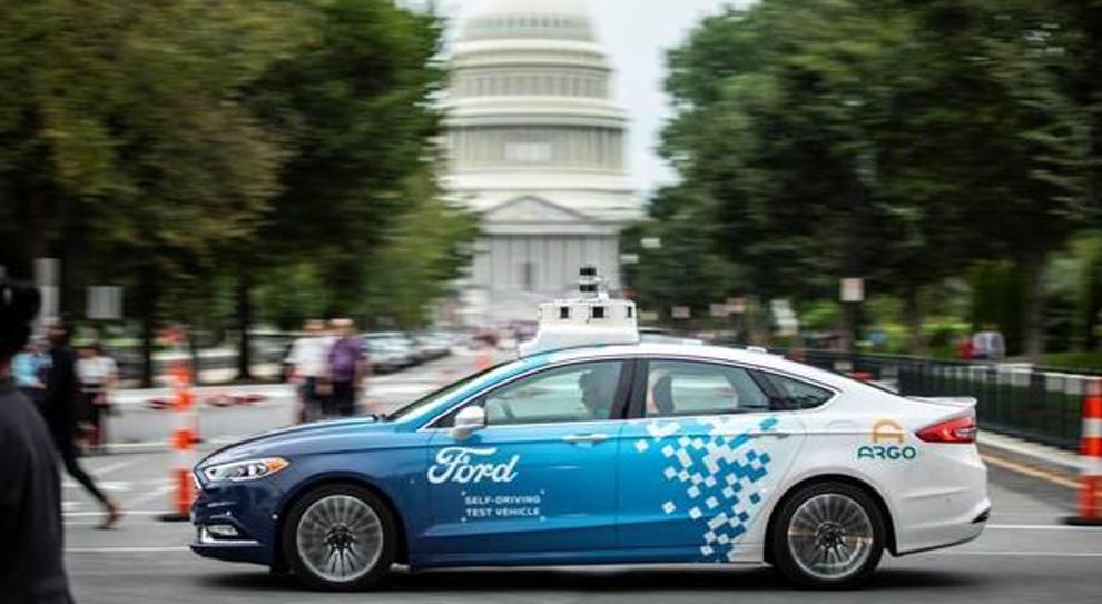 Una Ford a guida autonoma per le strade di Washington
