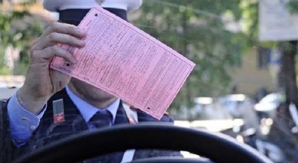 Multe, le paga solo il 40,8% degli automobilisti italiani: nel 2017 persi 1,6 mld. Al Sud il 32%