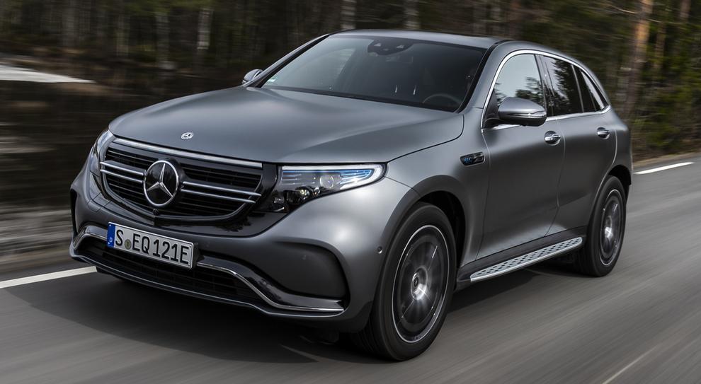 La Mercedes EQC per le strade norvegesi