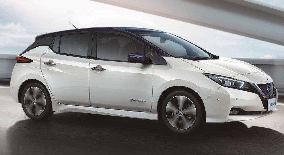 La Nissan Leaf è in testa alle vendite in Italia tra i modelli 100% elettrici