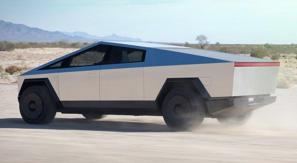Il Cybertruck, il pick-up di Tesla è caratterizzato da linee spigolosissime