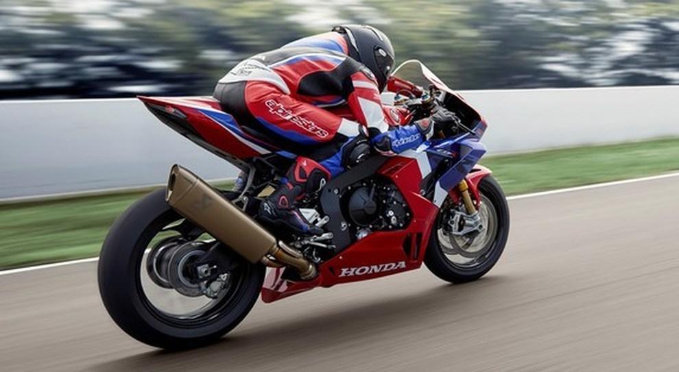 La Honda CBR1000RR-R