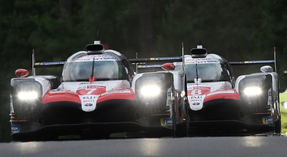 La Toyota TS050. I due bolidi giapponesi stanno dominando la 24 Ore di Le Mans