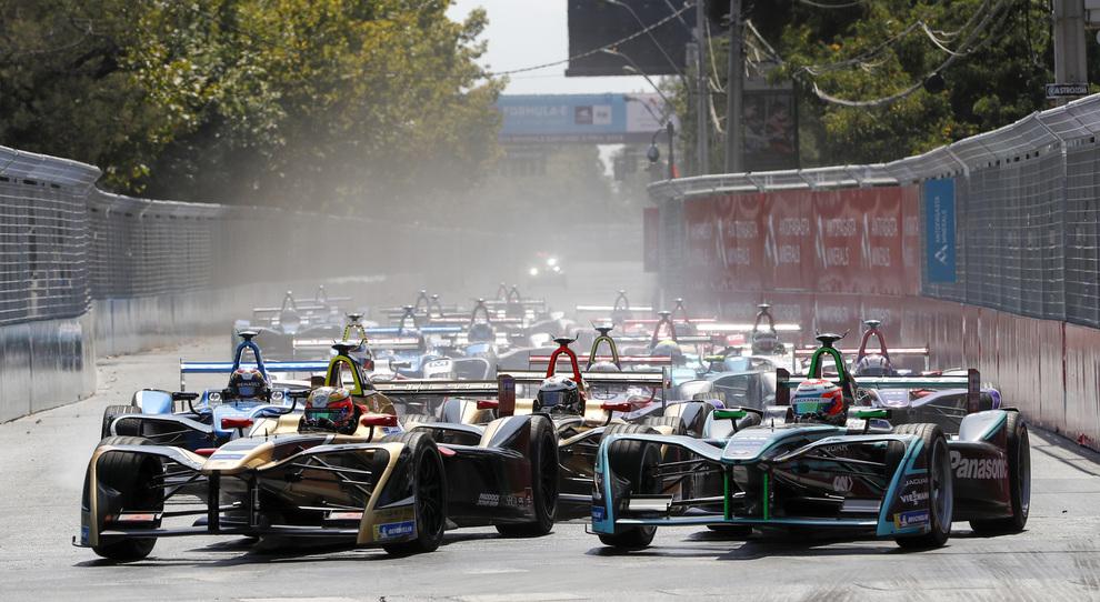 Un duello in partenza durante lo scorso e-prix del Messico