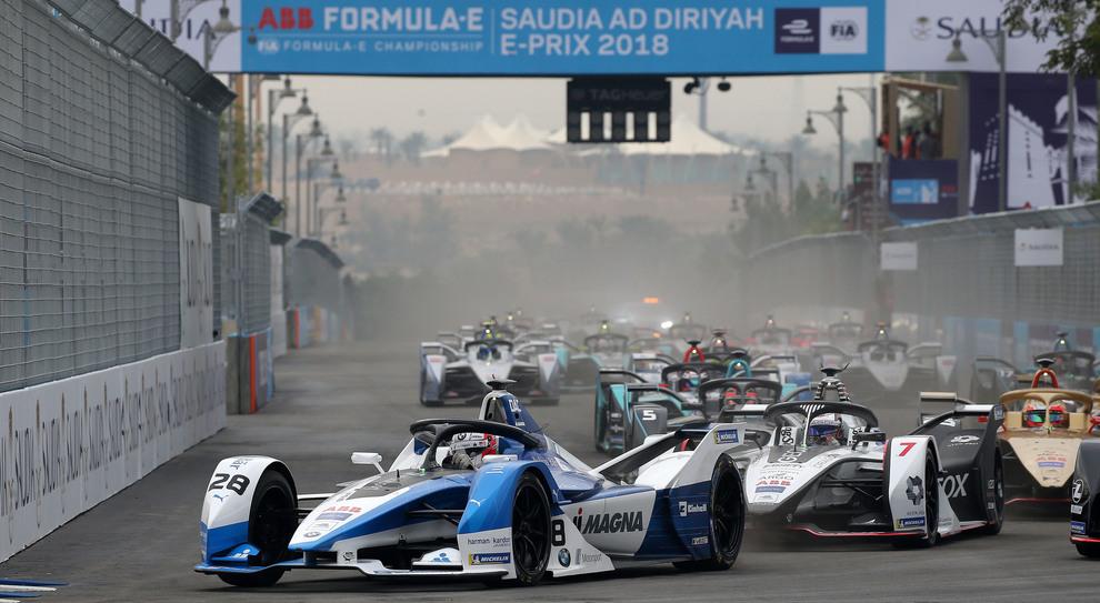 La BMW di Felix Da Costa scatta in testa nell'E-Prix inaugurale della Stagione 5