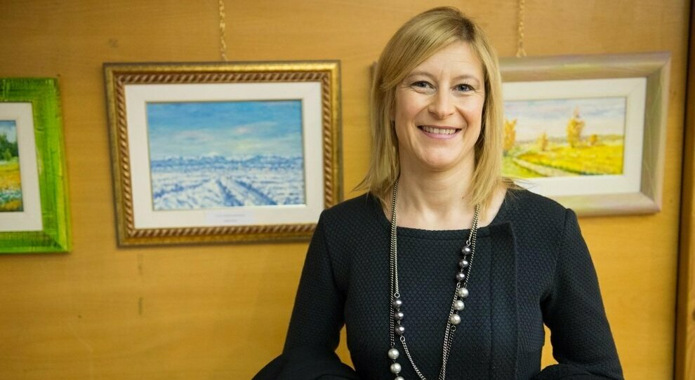Lega, bufera sulla senatrice Sonia Fregolent: «Bonus centri estivi al figlio». Attacco da Pd e M5s