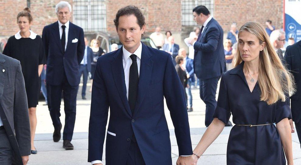 John Elkann con la moglie Lavinia per la commemorazione della morte di Sergio Marchionne presso il Duomo di Torino