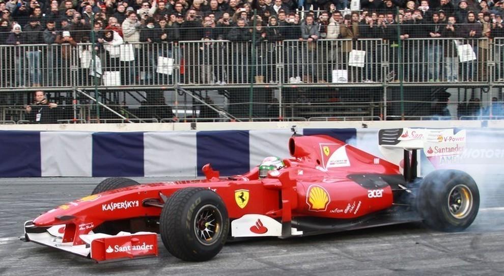 Un'esibizione della Ferrari F1 al MotorShow di Bologna in un'edizione passata