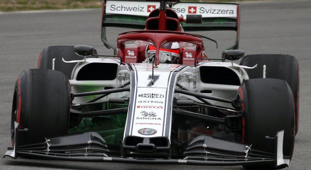 L'Alfa Romeo di Kimi Raikkonen a lungo la più veloce oggi nei test a Barcellona