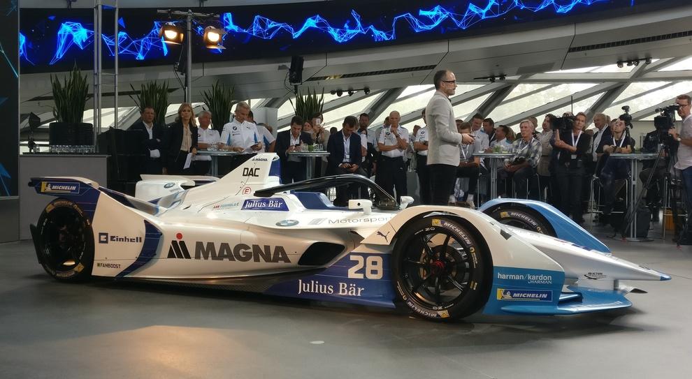 La BMW iFE.18, monoposto che gareggera nella Formula E dal prossimo campionato