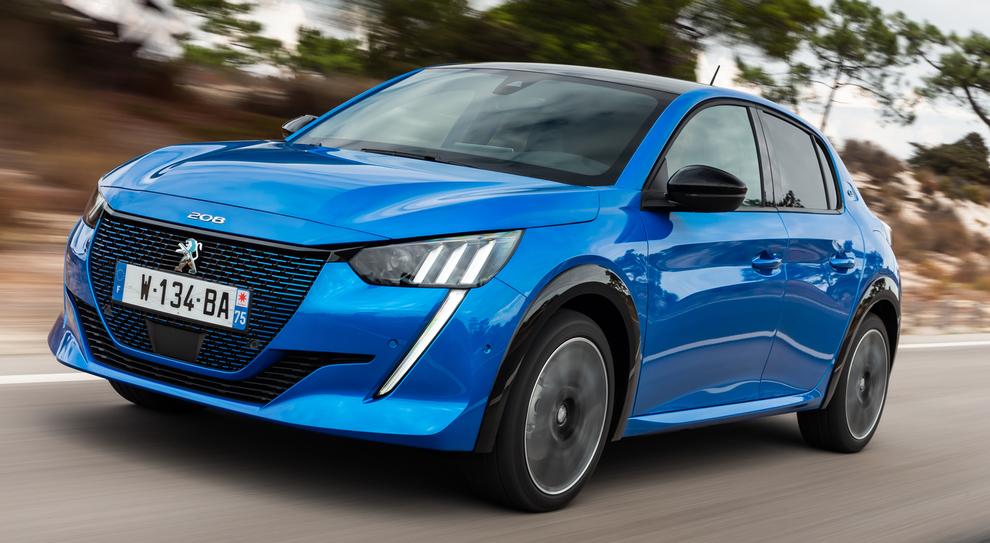 La Peugeot e-208 elettrica