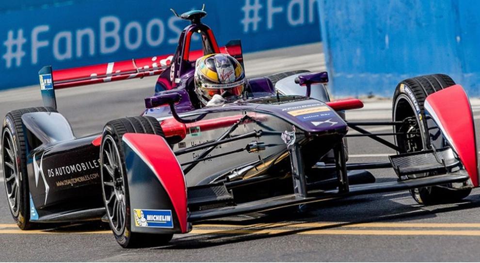 Jose-Maria Lopez, campione del Wtcc ingaggiato dalla scuderia DS Virgin per vincere in Formula E