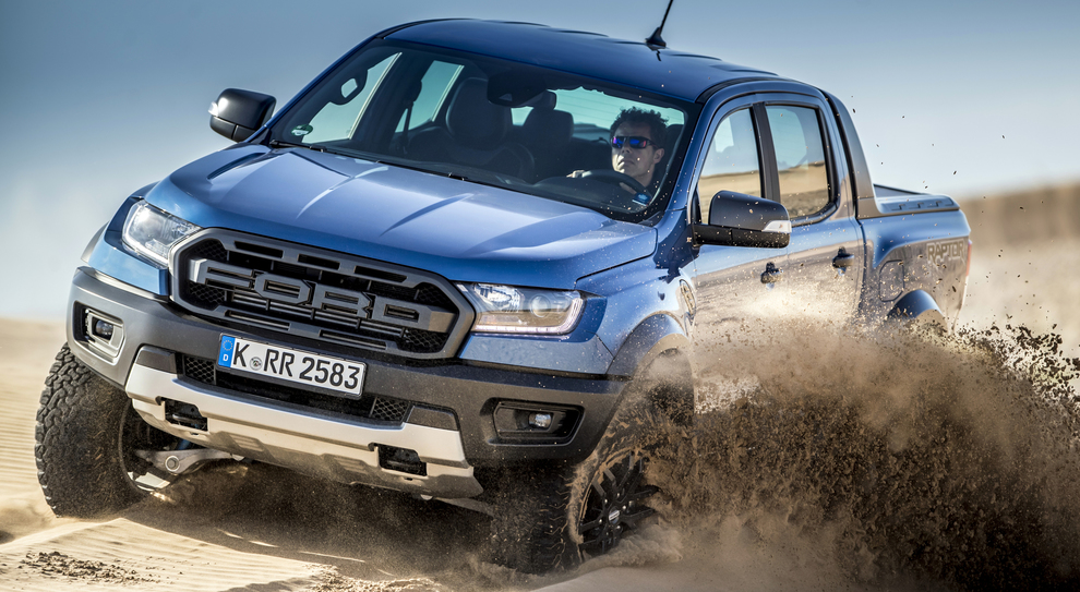Il Ford RangerRaptor nel deserto
