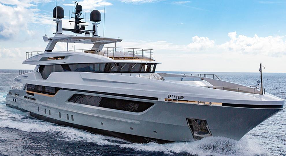 Silver Fox, yacht della famiglia T-Line di Baglietto