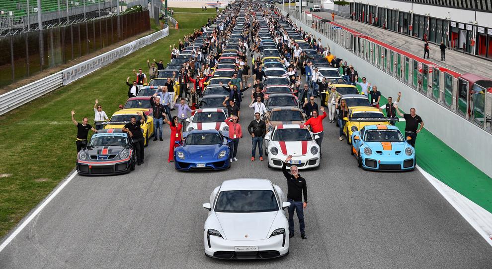 La festa Porsche all'autodromo di Franciacorta