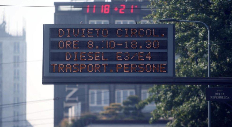 Emissioni, Milano dice stop ai diesel inquinanti (Euro 0, 1, 2 e 3) da gennaio 2019