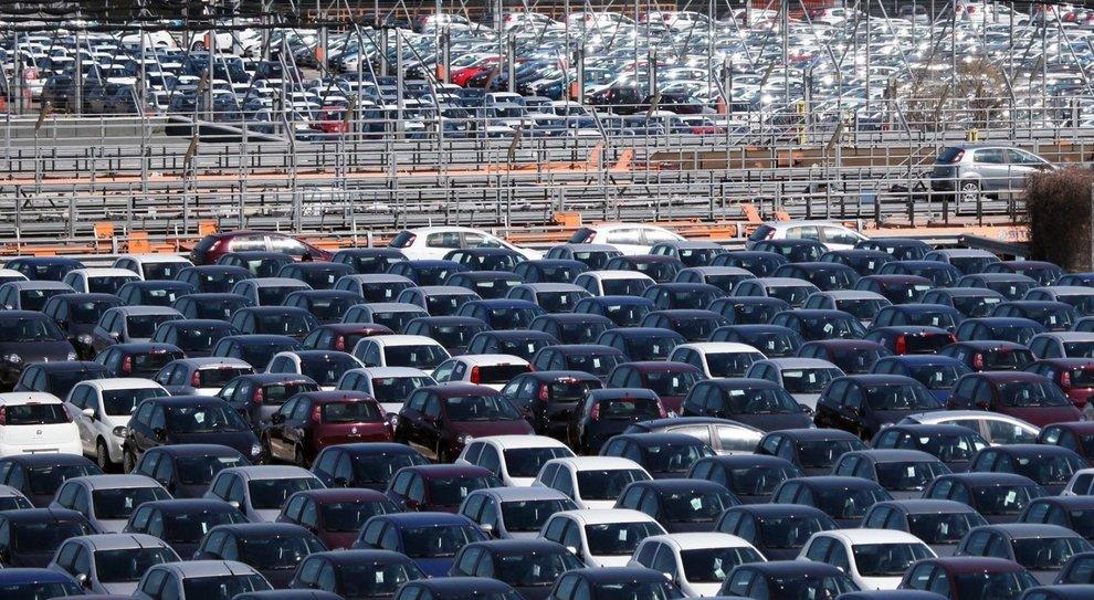 Fca in rosso in Borsa, post calo immatricolazioni auto in Europa