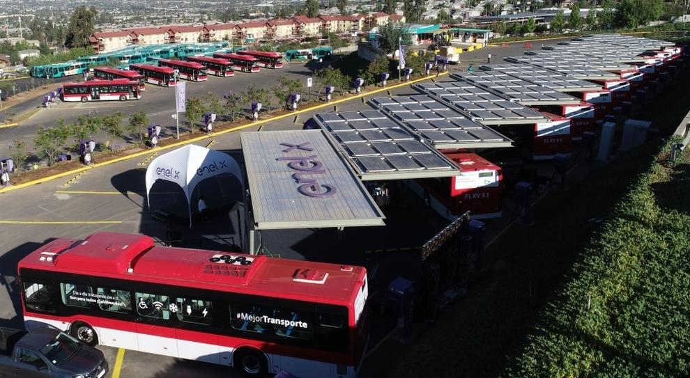 Bus elettrici griffati Enel X
