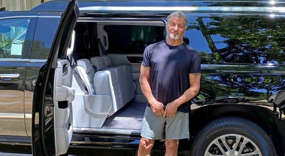 Sylverster Stallone con la sua Becker Cadillac Escalade ESV