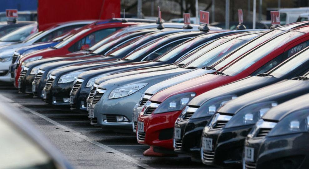 Allarme aumenti auto, ecco lo scenario: da Suv a citycar, rischiano tutte