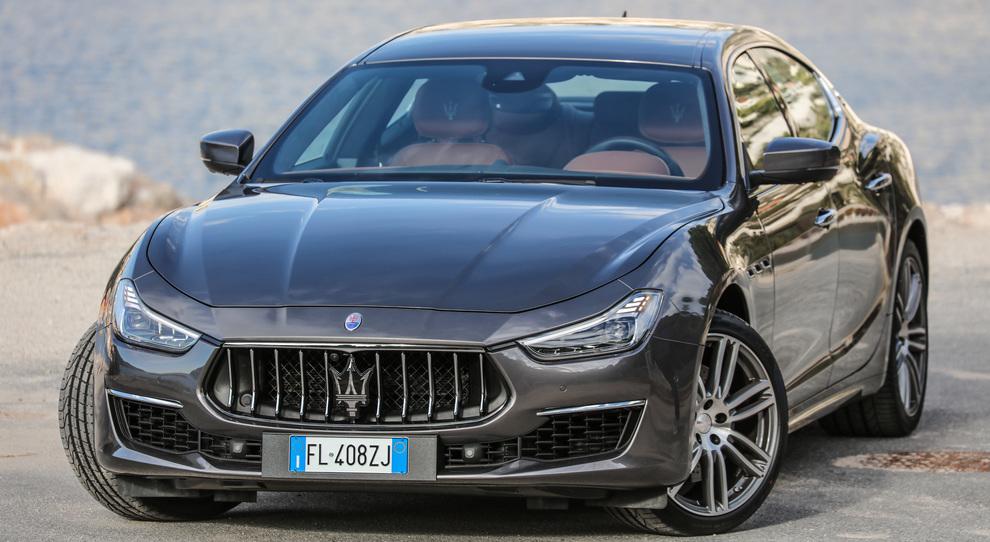 La nuova Maserati Ghibli nella versione GranLusso