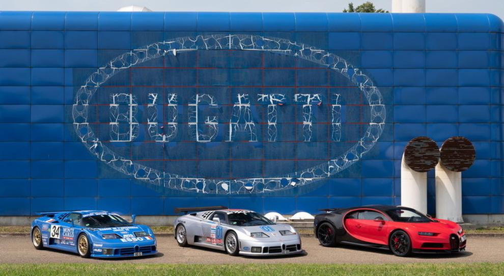 La fabbrica blu di Bugatti a Campogalliano