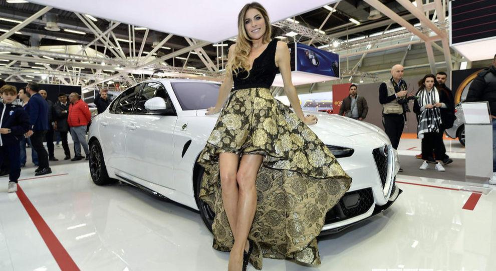 Eleonora Pedron madrina di una delle scorse edizioni del motor show di Bologna