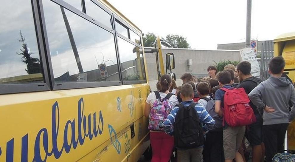 Fondamentale per la sicurezza indossare le cinture di sicurezza anche sugli scuolabus
