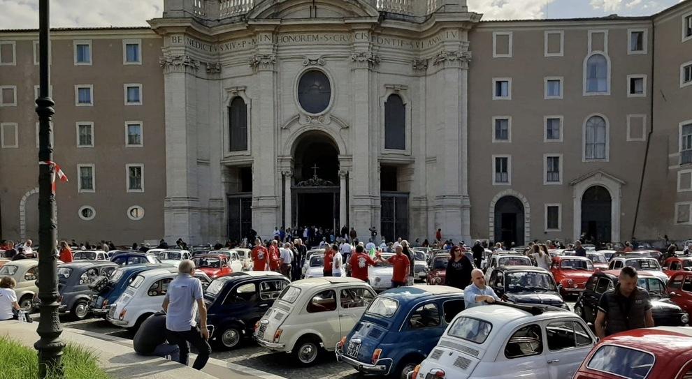 Le 500 al primo raduno Città del Vaticano