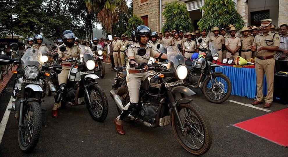La pattuglia di agenti motocicliste