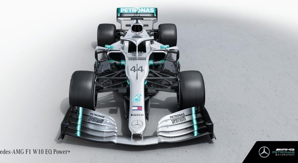 la nuova Mercedes W10
