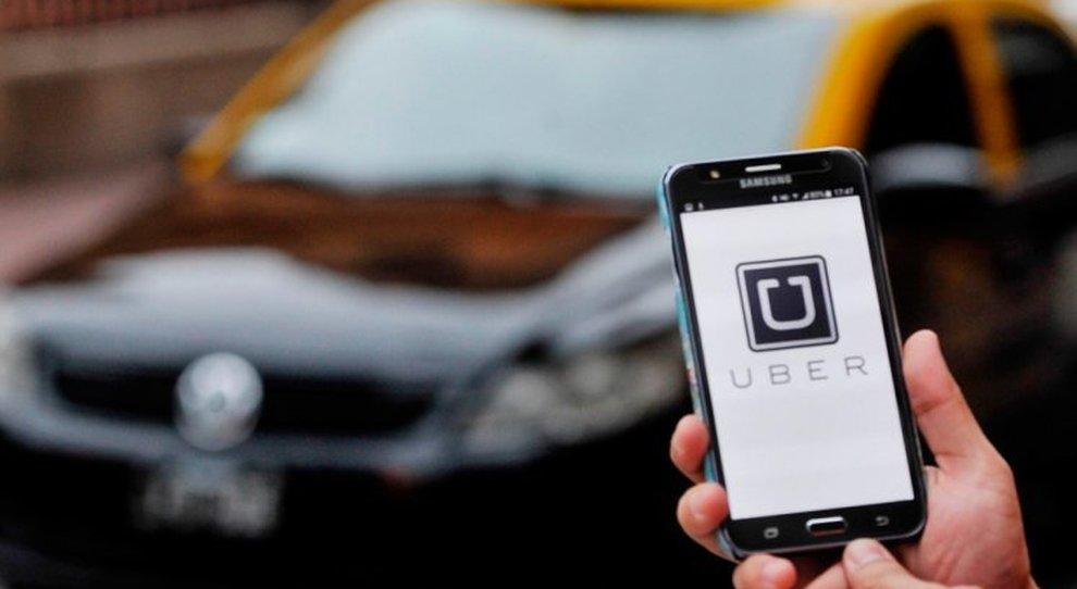 Accuse a Uber: tattiche psicologiche per indurre gli autisti a lavorare di più