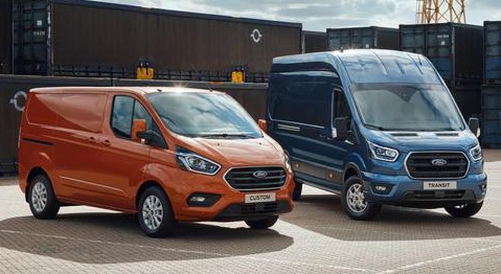 Il Custom ed il Transit, due dei modelli Ford di maggior successo tra i veicoli commerciali