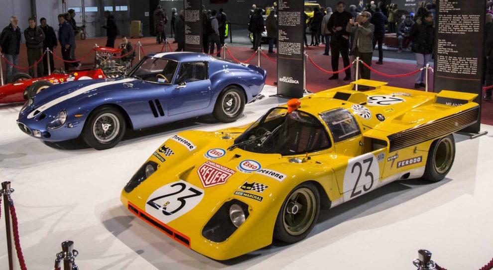 Due gioielli esposti ad Autoclassica, in blu la Ferrari 250 GT0