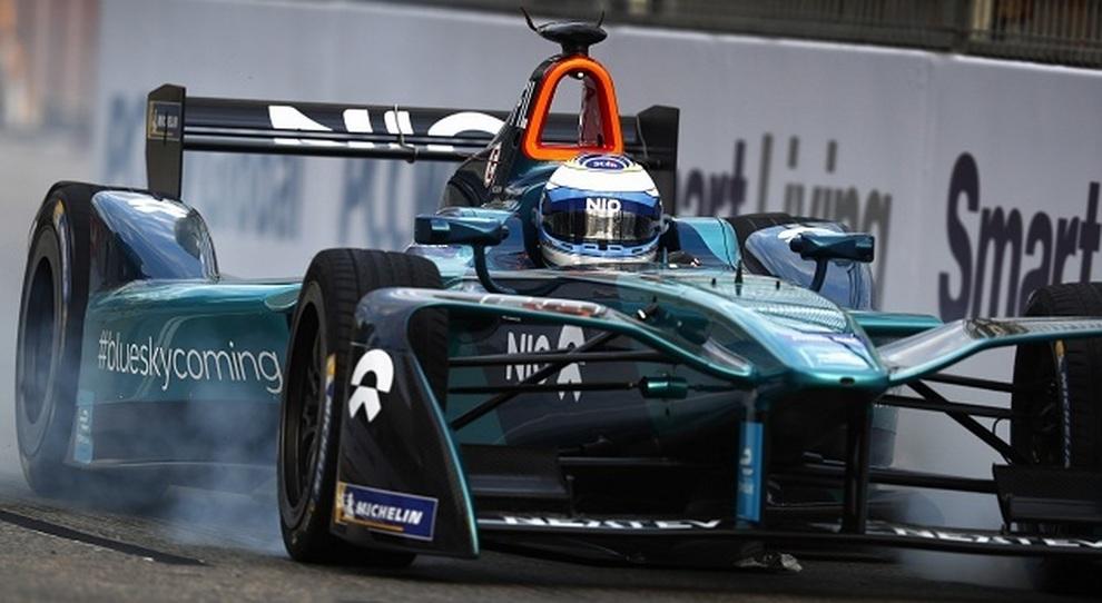 Luca Filippi al volante della Nio durante l'e-Prix di Hong Kong