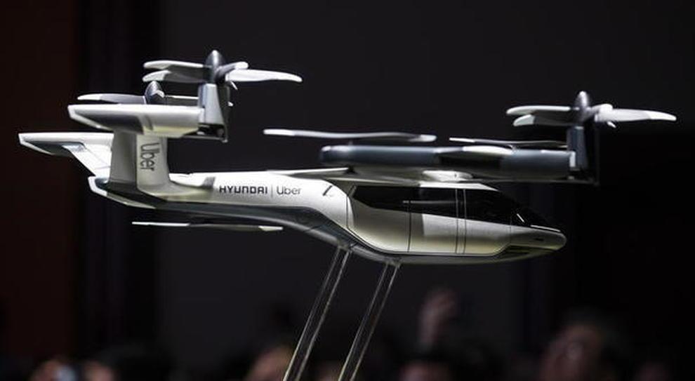 Taxi volante, con Hyundai e Uber diventa realtà: primi voli da quest'anno, servizio a partire dal 2023