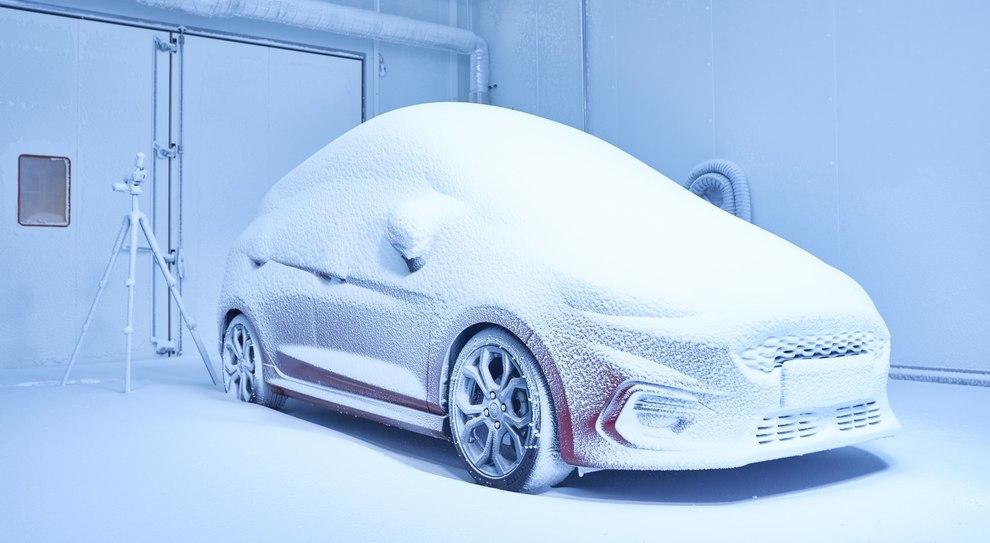 """Una simulazione di freddo polare nella """"Weather Factory"""" di Ford a Colonia"""