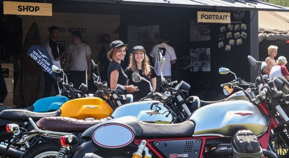 Le Moto Guzzi protagoniste al Wheels&Waves di Biarritz