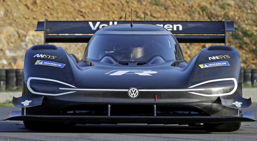 La Volkswagen I.D. R Pikes Peak con cui la casa tedesca punta alla più prestigiosa corsa in salita del mondo