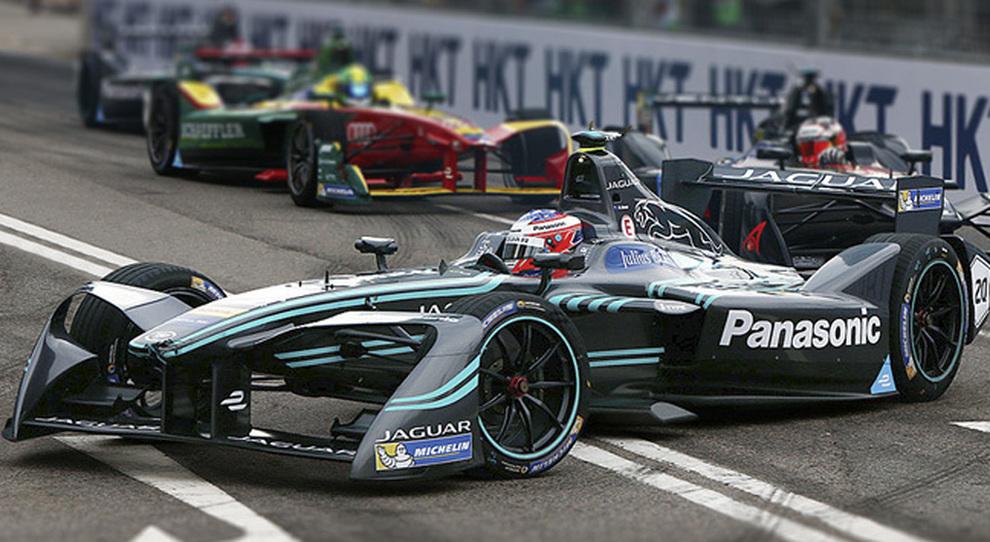 Una monoposto Jaguar della Formula E