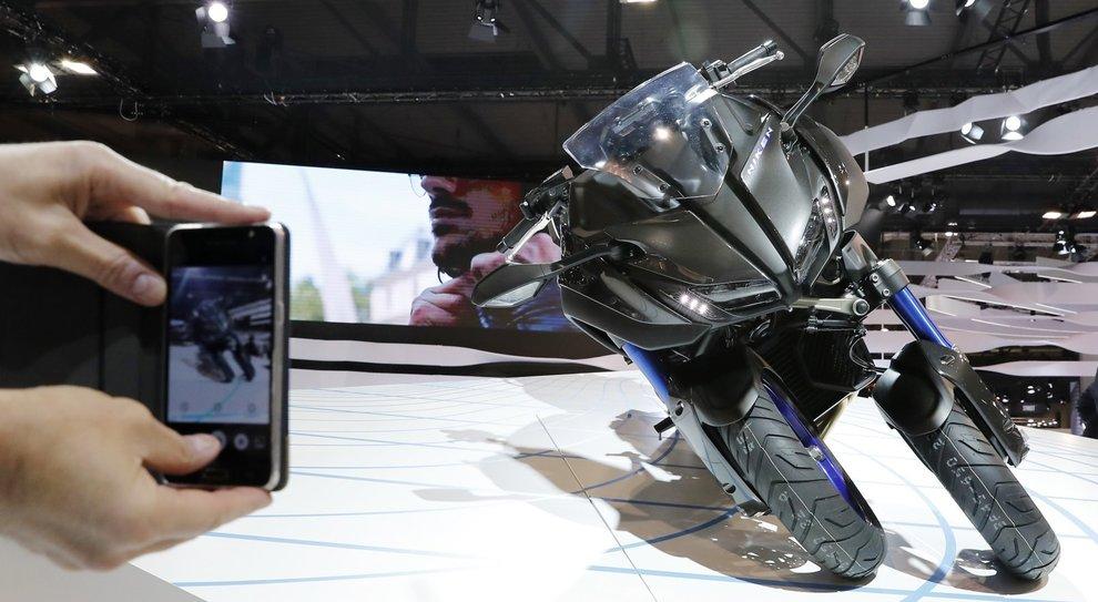 La Yamaha Niken è stata la moto più fotograta all'Eicma 2017