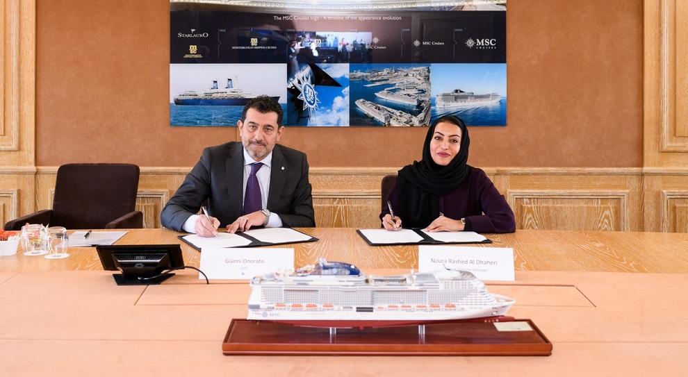 Da sinistra Gianni Onorato, Chief Executive Officer di MSC Cruises  e  Noura Rashid Al Dhaheri, Direttore della divisione crociere di Abu Dhabi Ports