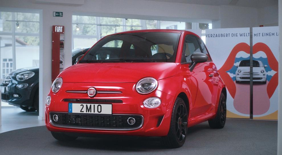 La Fiat 500 esemplare numero due milioni è una S rossa consegnata ad una giovane maestra bavarese
