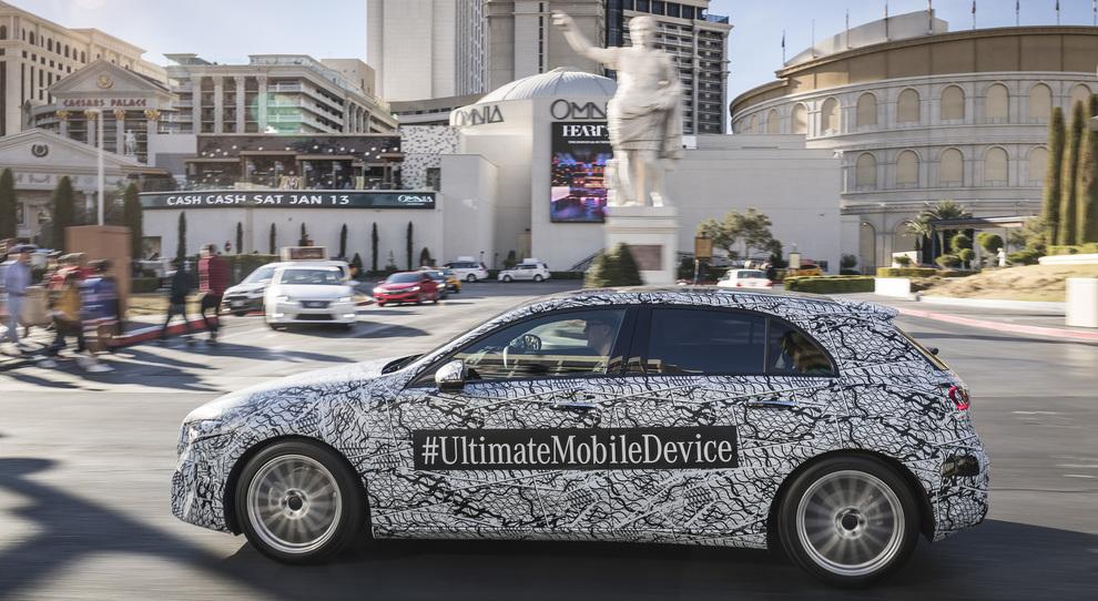 La nuova Mercedes Classe A in prova per le strade di Las Vegas durante il CES 2018