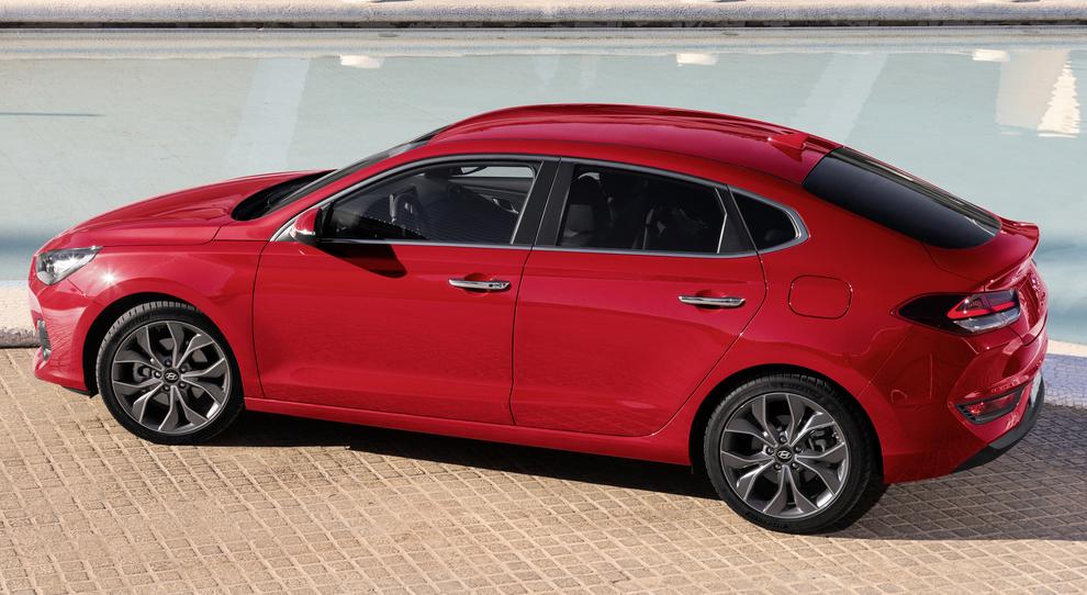 La nuova Hyundai i30 Fastback