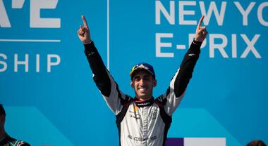 Buemi (Nissan) vince il primo E-Prix New York. Vergne (DS Techeetah) sempre più vicino al titolo