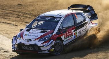 WRC, la Toyota di Tanak parte forte nel Rally del Portogallo. Dietro le Fiesta di Ogier e Suninen