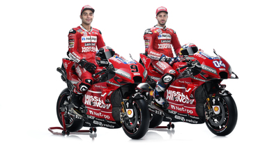 MotoGP, ecco la Ducati 2019. Dovizioso:«Lotteremo per il titolo». Petrucci: «Qui per tanti anni»